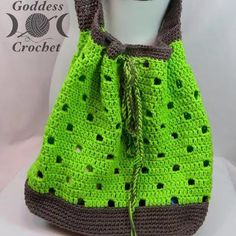 Free Crochet Pattern - Hip Squares Beach Tote I've been delighted to work with Amy from The Stitchin' Mommy on a few guest posts for her blog. My second guest post was a free crochet pattern for a ...