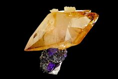 calcite crystal on fluorite with sphalerite