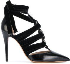 Black high pumps