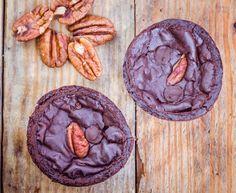 Black bean brownies (vegan, gluten free) | GoodnessGreen.com
