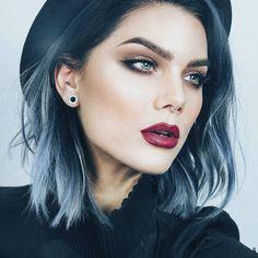 Ella es @lindahallbergs influencer artista del maquillaje y fundadora de cosméticos LH. - #tumaqui #makeup #maquillaje #tips #belleza #contorno #makeuplover #makeuprevolution #labios #lipstick #iluminador #vidademaquilladora #gloss #blogger #envios #gratis #nacional #internacional #box #productos #instamakeup #base #blush #maquillador #delineador #makeupaddict #fashion #mujer #moda #makeupfan