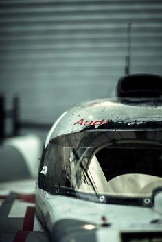 Audi e-tron - 24 Hours of Le Mans 2013 Sports Car Racing, Race Cars, Auto Racing, Automotive Photography, Car Photography, Supercars, Jaguar, Audi Motorsport, Audi R18