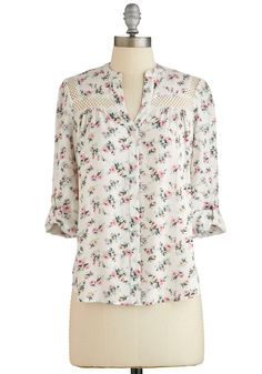 Treat the Parents Top in White Floral | Mod Retro Vintage Short Sleeve Shirts | ModCloth.com