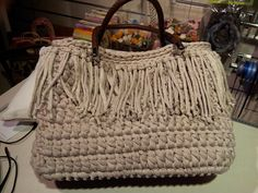 Bolso en ganchillo de trapillo - Crochet bag. Le ultime