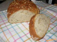Do domácej pekárne dáme suroviny v poradí, ako som ich napísala.Pustíme program na miesenie cesta. P... Bread, Food, Basket, Brot, Essen, Baking, Meals, Breads, Buns