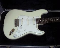 white fender stratocaster lace usa - My Guitar