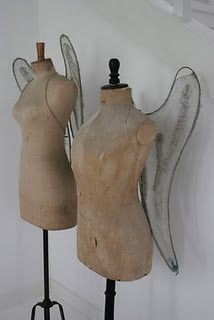 Angel Dress Forms :) I shall make these wings for my own form Mannequin Art, Vintage Mannequin, Dress Form Mannequin, Fashion Mannequin, Angel Dress, Vintage Love, Vintage Diy, Shabby Vintage, Looks Cool