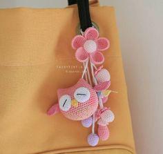49 ideas crochet keychain owl key chains for 2019 - Amigurumi Crochet Amigurumi, Amigurumi Patterns, Crochet Dolls, Knitting Patterns, Crochet Patterns, Crochet Gifts, Cute Crochet, Crochet Baby, Knit Crochet
