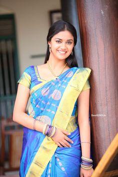 Sivakarthikeyan Keerthi Suresh In Rajini Murugan Tamil Movie 2015 (5) at 2015 Film Rajini Murugan Wallpapers  #KeerthiSuresh #RajiniMurugan #Sivakarthikeyan