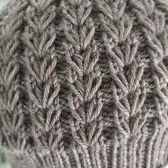 Ravelry: Vanns Tavern pattern by Rebecca Kerstin Stick O, Knit In The Round, Dresses Kids Girl, Merino Wool Blanket, Crochet Projects, Ravelry, Knitted Hats, Knitting Patterns, Knit Crochet