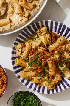 NYT Cooking: Equal parts cauliflower and pasta, this one-skillet dinner is a vegetable-forward version of macaroni and cheese. A whole head of… Cauliflower Pasta, Cooking Cauliflower, Cauliflower Recipes, Jai Faim, Crumb Recipe, Pasta Shapes, Skillet Dinners, Seafood Pasta, Pasta Dishes