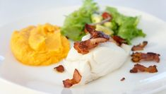 Foto: Kristin Hjelstuen Second Breakfast, Fish And Seafood, Mashed Potatoes, Main Dishes, Good Food, Bacon, Eggs, Dinner, Ethnic Recipes