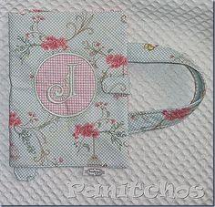 PANITCHOS, case livro tecido, bordado, patchwork