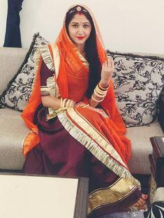 Shivani Rathore 💫 Indian Bridal Outfits, Indian Designer Outfits, Indian Dresses, Rajasthani Bride, Rajasthani Dress, Stylish Dress Designs, Stylish Dresses, Rajputi Dress, Lehnga Dress