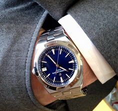 New Vacheron Constantin Overseas automatic looking pretty amazing with the suit.