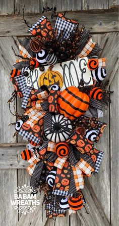 Halloween Magic, Halloween Home Decor, Diy Halloween Decorations, Fall Halloween, Halloween Wreaths, Halloween Halloween, Vintage Halloween, Halloween Makeup, Halloween Costumes