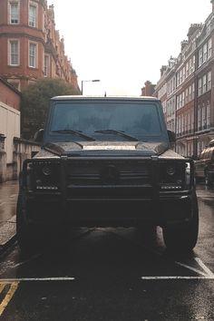 Solid black #Gelenwagen #4x4 #ride