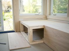 Ikea bench hack top hacks you should know ikea stuva bench hack Kitchen Corner Bench, Window Seat Kitchen, Ikea Bench, Crate Bench, Bench Seat, Wooden Work Bench, Built In Bench, Work Benches, Diy Bank