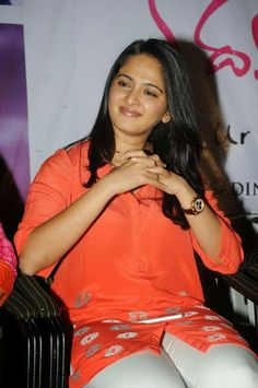 Beautiful Anushka Shetty.. For More: www.foundpix.com #AnushkaShetty #TeluguActress #Hot #TamilActress #Anushka