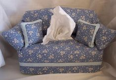 Sofa Tissue Box Cover & Toilet Paper Roll Cover - HOME SWEET HOME(not a pattern)