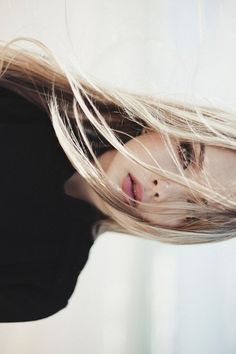 wind swept // #nobodyschild #hairspo