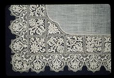 Handkerchief Detail - German Bobbin Lace 1800's