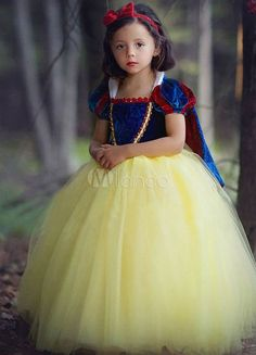 Snow White Princess Dresses Kids Pageant Dress Velvet Tulle Ball Gown With Cape Girls Costume Cosplay Halloween Cinderella Costume, Princess Costumes, Merida Costume, Aurora Costume, Queen Costume, White Princess Dress, Princess Dresses, White Dress, Kids Pageant Dresses