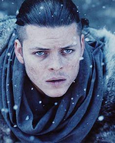 Ivar Vikings, Ivar The Boneless, Alex Hogh Andersen, History Channel, My Boo, Jon Snow, Inspiring People, Actors, Parka