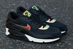 NIKE AIR MAX 90 (IRIDESCENT/BLACK)   Sneaker Freaker