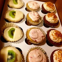 Soulgood's famous Fruitcups #vegan #cupcakes for #ValentinesDay Drop by to see us at @dallasfarmersmarket
