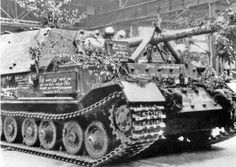 May 8, 1943: the 90th and last Ferdinand assembled at Nibelungenwerk decorated by the workers.