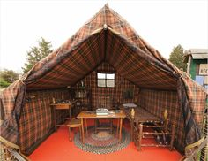 Plaid tent and interior | #tent #glamping @GLAMPTROTTER