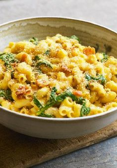 KRAFT HOMESTYLE Spinach & Bacon Mac & Cheese – How do you make a cheesy mac and cheese taste even better? You add bacon, of course! And then you sneak in a little fresh spinach and top it all off with tasty crumbs.