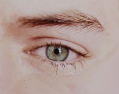 His beautiful eye