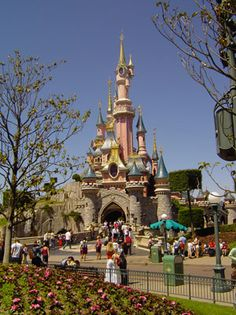 Disneyland Paris❤•♥.•:*´¨`*:•♥•❤