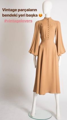 Need A Style Bump? Look No Further Than These Fashion Tips – Fashion Trends 80s Fashion, Modest Fashion, Hijab Fashion, Fashion Dresses, Vintage Fashion, Womens Fashion, Petite Fashion, Curvy Fashion, Fall Fashion