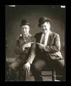 Stan Laurel & Oliver Hardy, in italiano Stanlio e Ollio Laurel Et Hardy, Stan Laurel Oliver Hardy, Golden Age Of Hollywood, Hollywood Stars, Classic Hollywood, Great Comedies, Classic Comedies, Classic Tv, Classic Movies