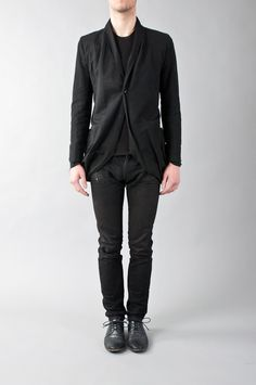 damir doma __ infinity hem blazer w/ pleated shoulders & extended sleeve lining. Linen & cotton.