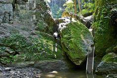 Kalandtúrázzunk a legszebb magyar szurdokokban 1 Day Trip, Short Trip, Budapest Hungary, Holiday Destinations, Holiday Travel, Grand Canyon, Places To Go, Waterfall, Beautiful Places