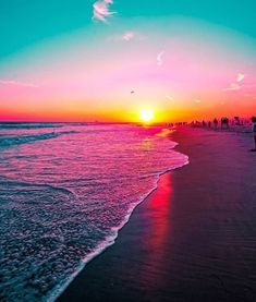 Amazing Sunsets, Beautiful Sunset, Sky Sea, Orange Sky, Jolie Photo, Sunset Photography, Beach Scenes, Pretty Wallpapers