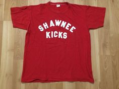 promo code 8d07b 0b966 XL 80 s Shawnee Kicks men s T shirt vintage 1980 s red white single stitch  Russell Athletic Pennsylvania Kansas Native American