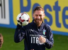 Daniele De Rossi of Italy smiles during a training session at Italy club's training ground at Coverciano on November 7, 2017 in Florence, Italy. - 46 of 102