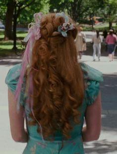 Bridesmaids Hair Inspo : Giselle from Enchanted Disney Princess Cosplay, Disneyland Princess, Disney Princess Dresses, Disney Princesses, Enchanted Movie, Giselle Enchanted, Amy Adams Enchanted, Princess Hairstyles, Cute Hairstyles