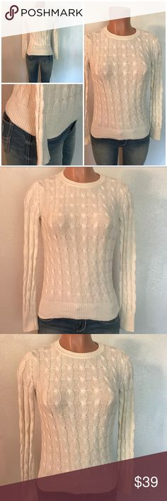 GAP Factory Outlet Sweater - XS Worn Once GAP Factory Outlet Sweater - XS Worn Once & Dry Cleaned GAP Sweaters Crew & Scoop Necks