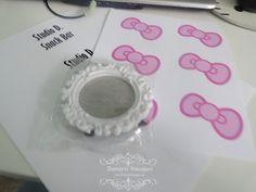DIY Hello Kitty inspired sign / frame