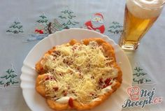 Pizza Sandwich, Czech Recipes, Ethnic Recipes, Bon Appetit, Cauliflower, Macaroni And Cheese, Ketchup, Cabbage, Naan