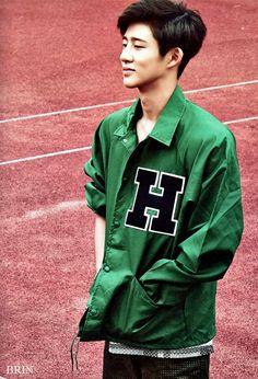 Hanbin // B.I from IKON :)))). Leadeeerrrrr!!!!!