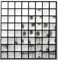 Adolf Luther Hohlspiegelobjekt, 1969 64 concave square mirrors, aluminium, plexiglass 110 x 110 x 7cm Photo: Inka Recke 401contemporary, Berlin