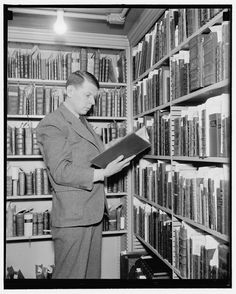 We love these vintage library photos!