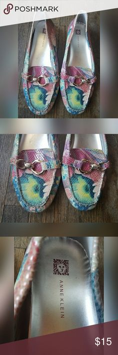 Anne Klein Floral Loafers Size 10 Pink Silver Anne Klein floral loafers.  Womens size 10M. True to size.  In excellent condition. No flaws noted.  From a pet/smoke free home. Anne Klein Shoes Flats & Loafers